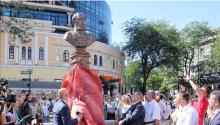 В День города в Одессе открыли памятник Григорию Маразли